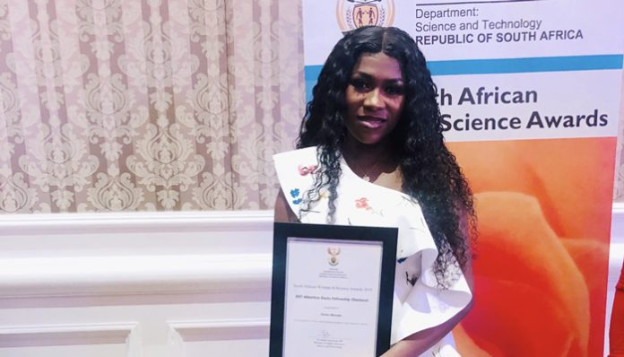 Zinhle Mncube won the 2019 South African Women in Science Awards (SAWiSA)